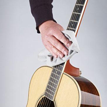 4 wertvolle Tipps zu Umgang und Pflege von Gitarre und Zubehör