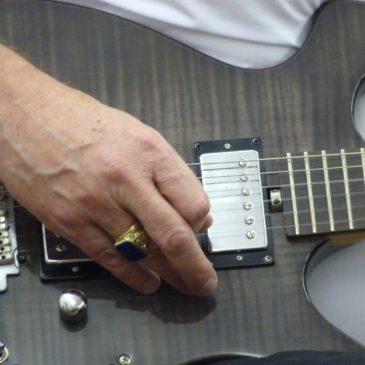 Gitarre spielen mit oder ohne Noten